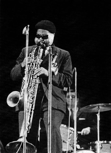 Rashaan Roland Kirk playing various instruments simultaneously